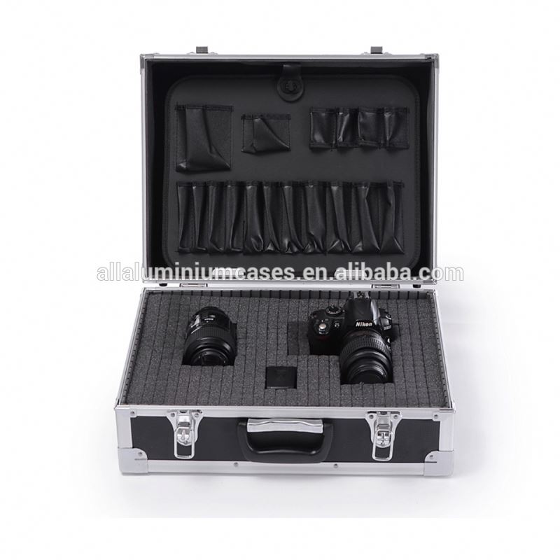 Aluminium Storage Flight Case Tool Box Carry Case with Handle, Storage Dividers & Locking Clasps PRM1010780