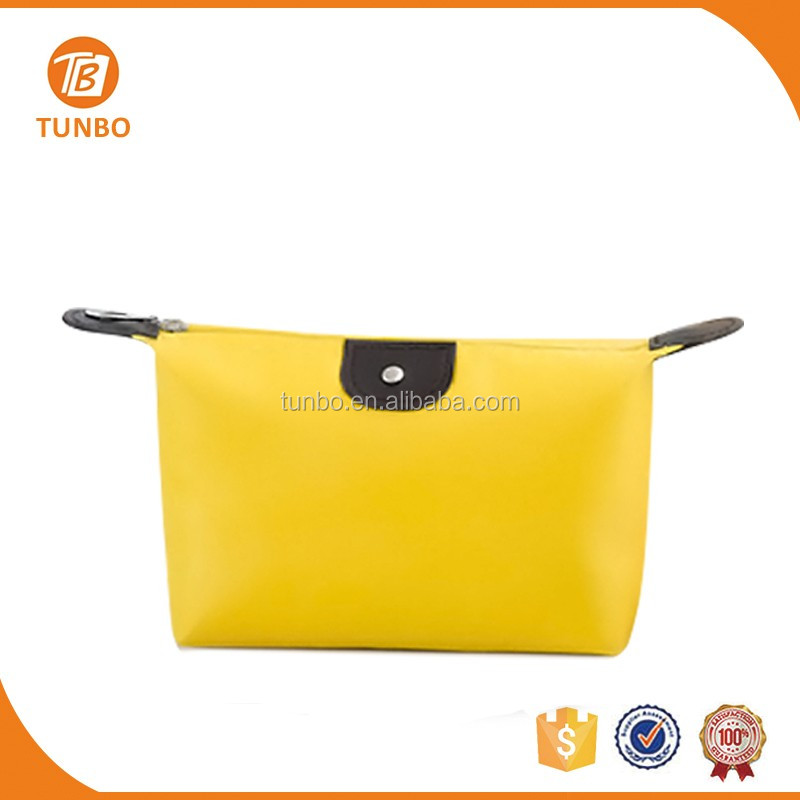 China custom wholesale ladies elegant cosmetic evening clutch bag