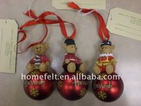 Fashionable resin bears on plastic baubles on christmas tree ornament