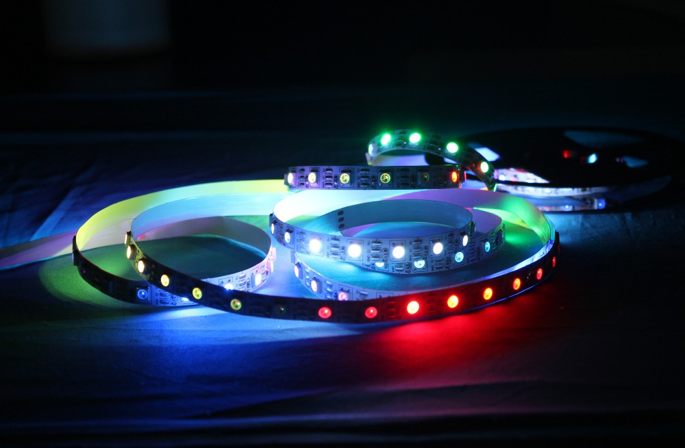 5M/Roll WS2811 Dream Magic Color IP67 Waterproof 5050 LED Strip DC12V 30Led/M (No need Controller) Auto Change Color Flexible
