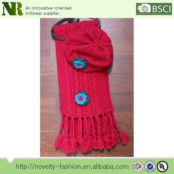2014 wholesale winter knitted scarf hat and gloves sets for girl's with embroider flower