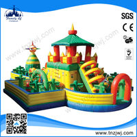 2015 popular design indoor inflatable children playground