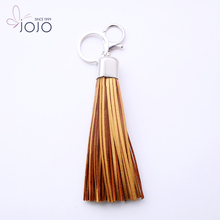 Latest simple pendant design hot selling new blinking high quality handmade leather keychain promotion product