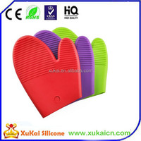 design multi-colored silicone oven gloves