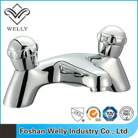 Double Handle UPC Health Brass Washroom Sink Water Faucet