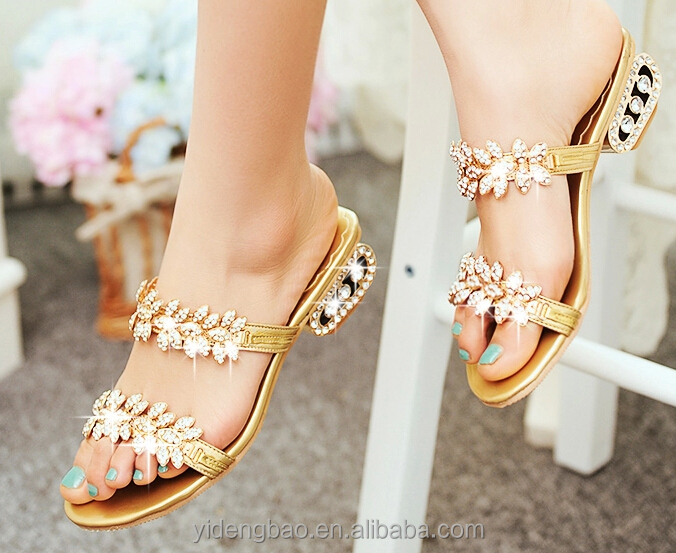 2016 hot sell rhinestone shoe buckle for lady summer shoes accessories