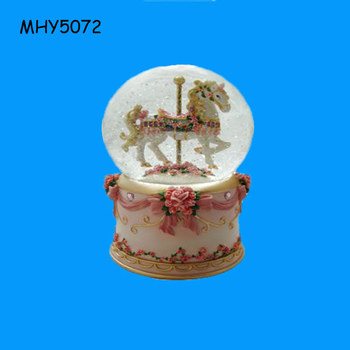 Handmade New horse design Custom snow globe