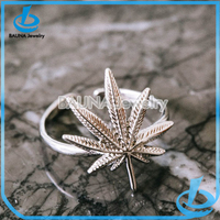 Unique silver alloy pot leaf ring