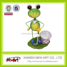 Metal decoration art flower pot with cute frogs metal planter frogs pot stand in floor