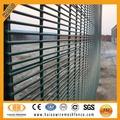 Galvanized and pvc coated high security fence netting