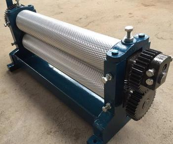 2018 Factory directly supply manual and full automatic embossing comb sheet making beeswax foundation roller machine