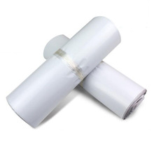 Widely use self adhesive backed clear plastic courier mailing bags on roll