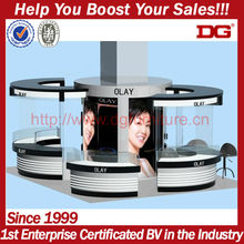2013 new design portable glass and acrylic cosmetic exhibit trading display booth