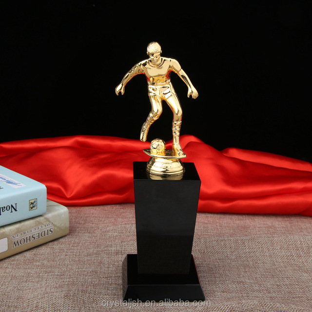 Cheap sports world cup soccer trophy crystal football trophies