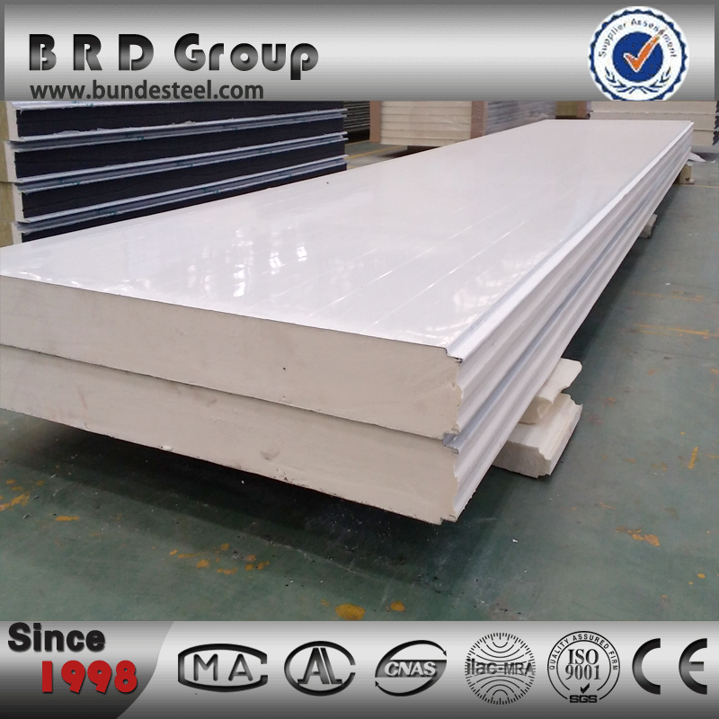 Cost saving prefabricated steel frame sandwich panel for house