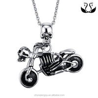 Shiny cool retro punk wind motorcycle skull pendant