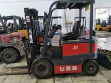 2 Ton Electric Forklift Counterweight 1.5/2/3 Tons Of Four-Wheel-Drive All-Electric Forklift Truck Lifts The Truck