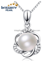 Fashion design flower shape pearl 925 silver women jewelry necklace pendant