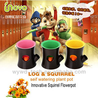 2014 new arrival novelty unique squirrel plant pot roller
