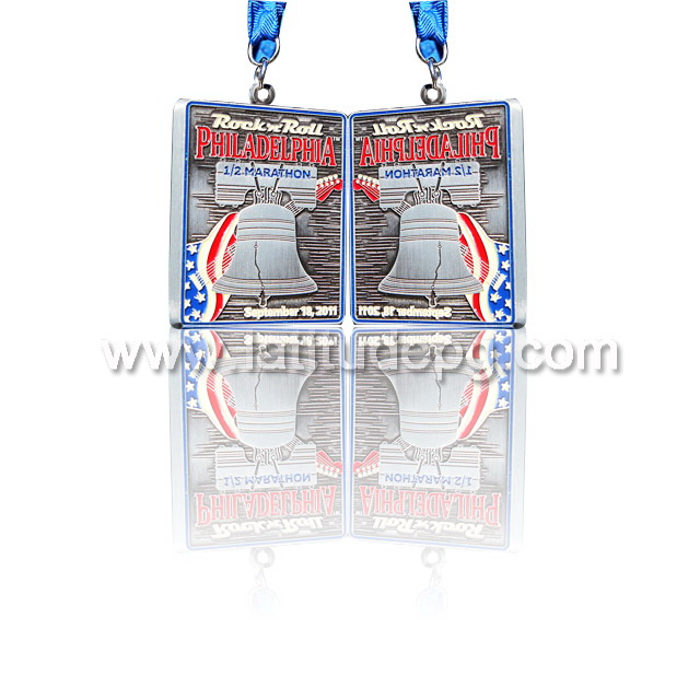 CR-MA45717_medaln Types of Sports awards plastic small trophy
