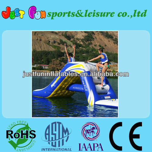 2013 best quality inflatable water slide