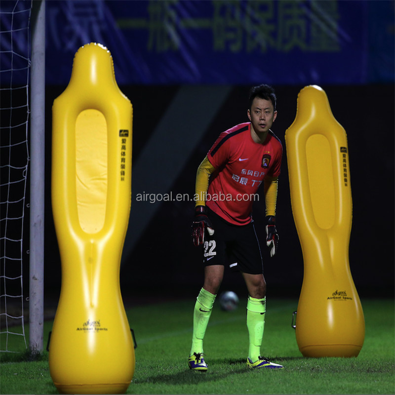 Inflatable dummy for training suitable football field training