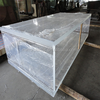 Square plastic water tank