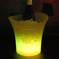 5 Liters Volume plastic led ice bucket color changing,bars nightclubs LED light ice bucket Champagne wine beer ice bucket bars