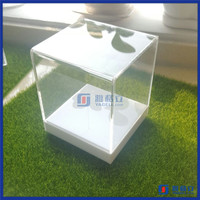 China Manufacturer custom made acrylic toy box / Acrylic toy car model display box case