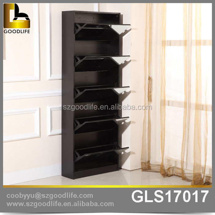 Compact storage shoe rack for outside closet