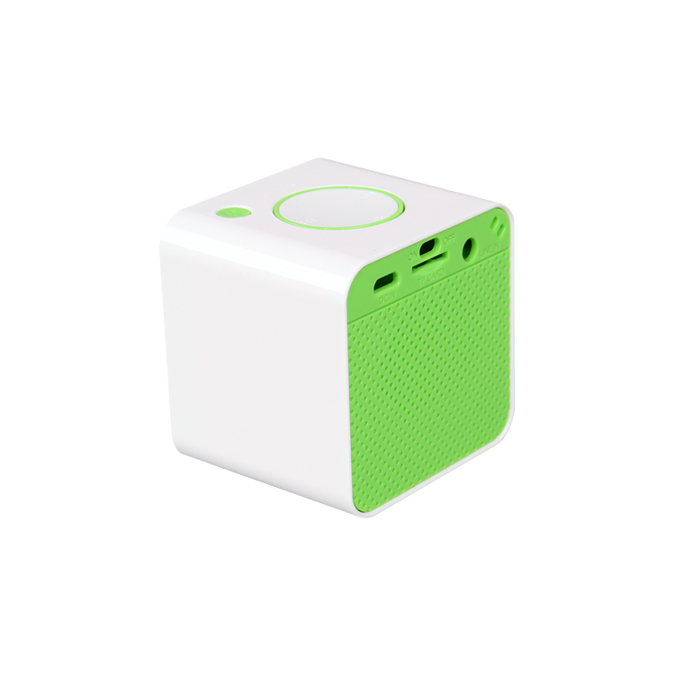 2017 new gadgets for laptop Hot wholesale mini cube bluetooth speaker