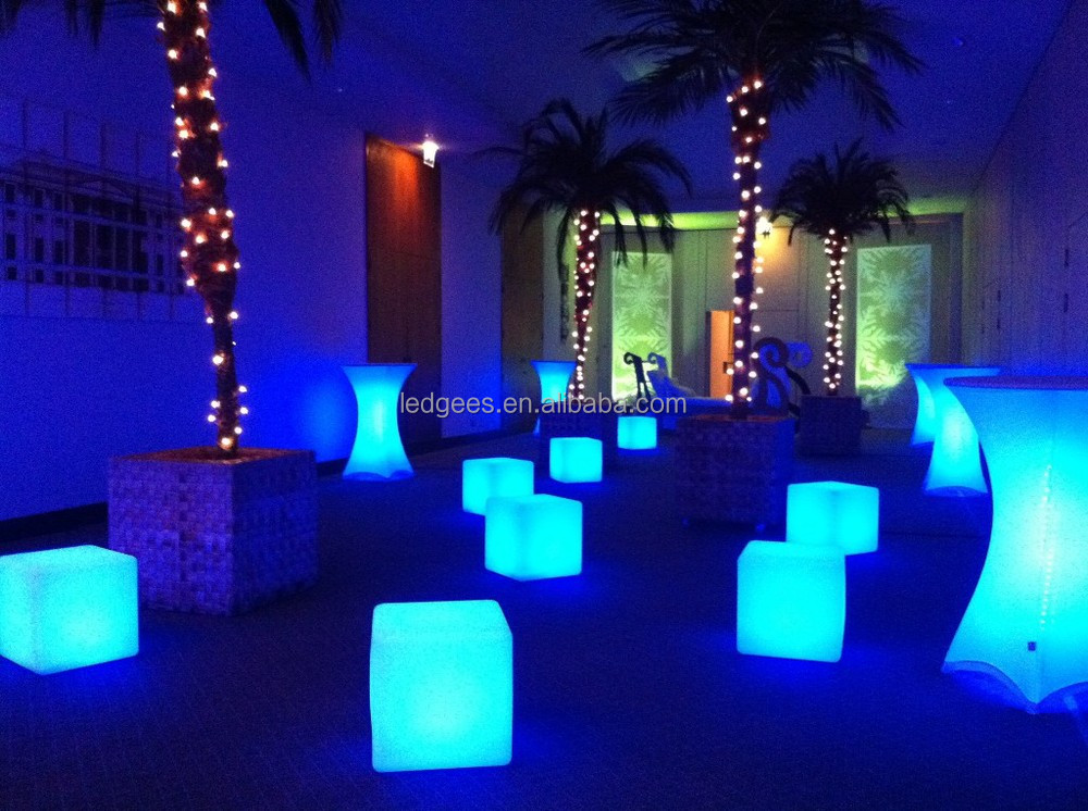 Led outdoor light cubergb led cubeled battery powered cube light 86g mozeypictures Images