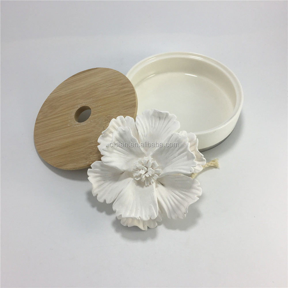 Ceramic flower Fragrance essential aroma diffuser gift set