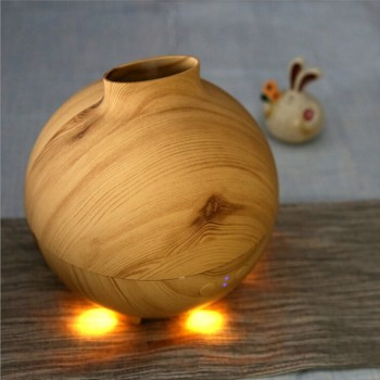 600ML Wood UFO Air Freshener Container,Ultrasonic Oil Diffuser Bamboo,Essential Oil Diffuser