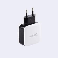 Factory direct sale customized logo quick charge 3.0 wall charger