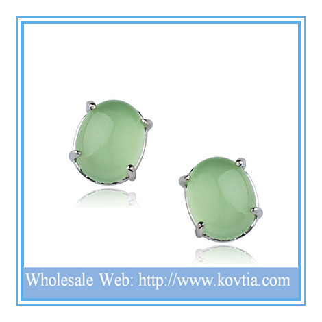 Wholesale latest fashion high end natural jade earring for best friends