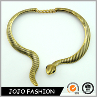 Fashion Boutique Rhinestone Snake Gold Chain Women's Choker Necklace