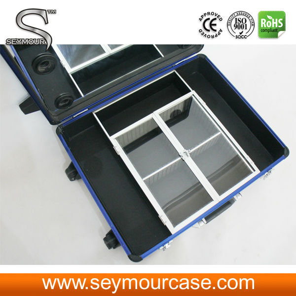 Mobile Professional Aluminum Makeup Case With Lights/Rolling Trolley Makeup Train Case With Stands