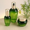 /product-detail/round-type-glass-perfume-cosmetic-bottle-60778919685.html