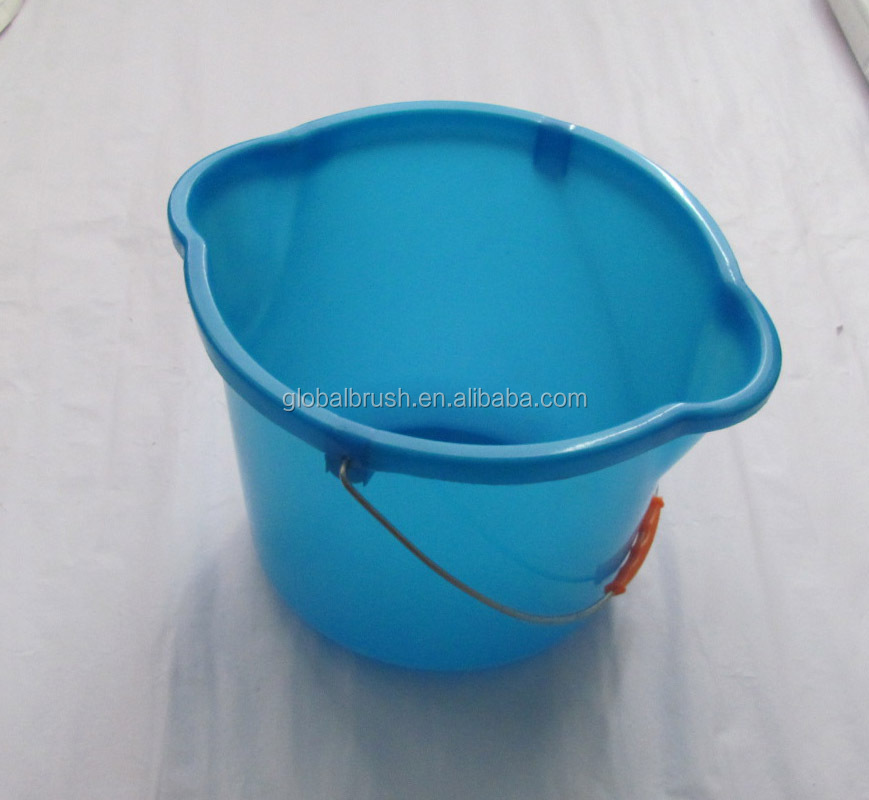 Model#2360 double spouts 7.5Litre plastic water bucket with metal handle
