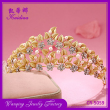 WQ Rhinestone flower Gold Leaf Heart Shaped Pearl Crown jewelry gold plated jewelry crown Tiaras