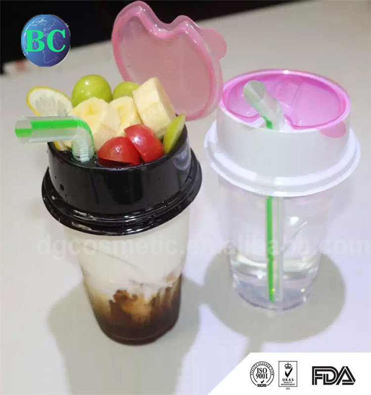 Hot Selling New Design 500ml Plastic 2 In 1 Chinese Shenzhen Drinking Snack Cup With Straw