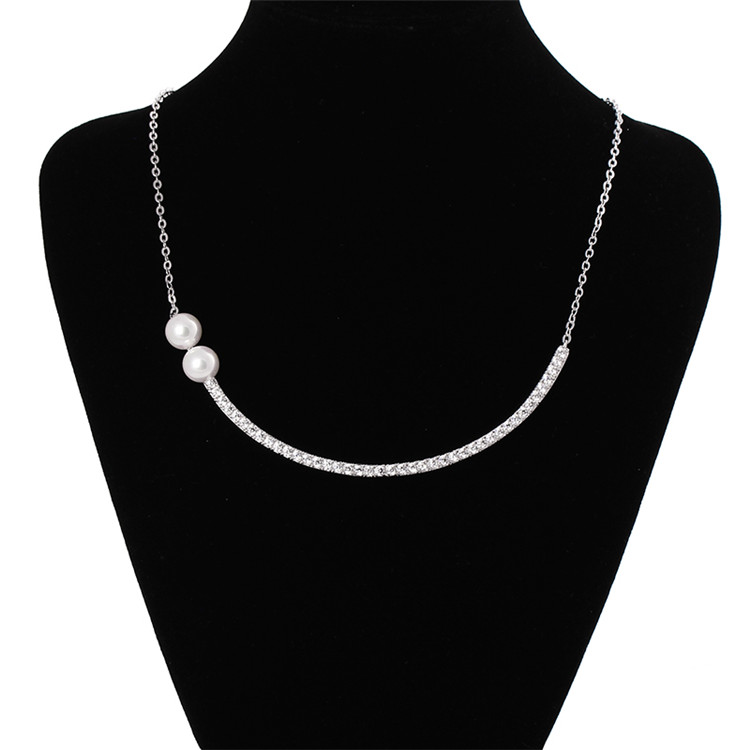 Modern style good quality exquisite fashion pendant necklace