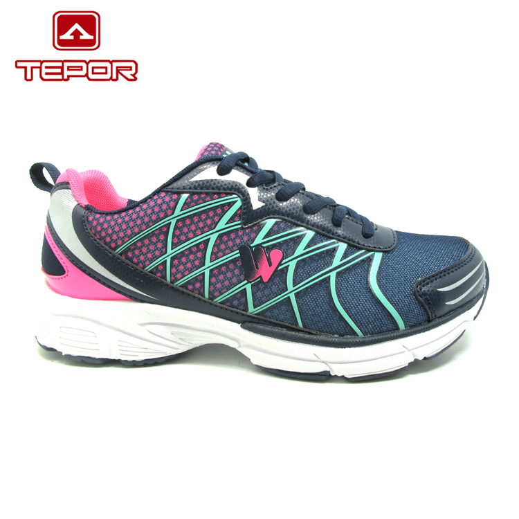 Manufacture size custom lightweight indoor sports shoes