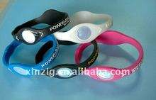 2012 Fashion promotional Silicone sports wristband