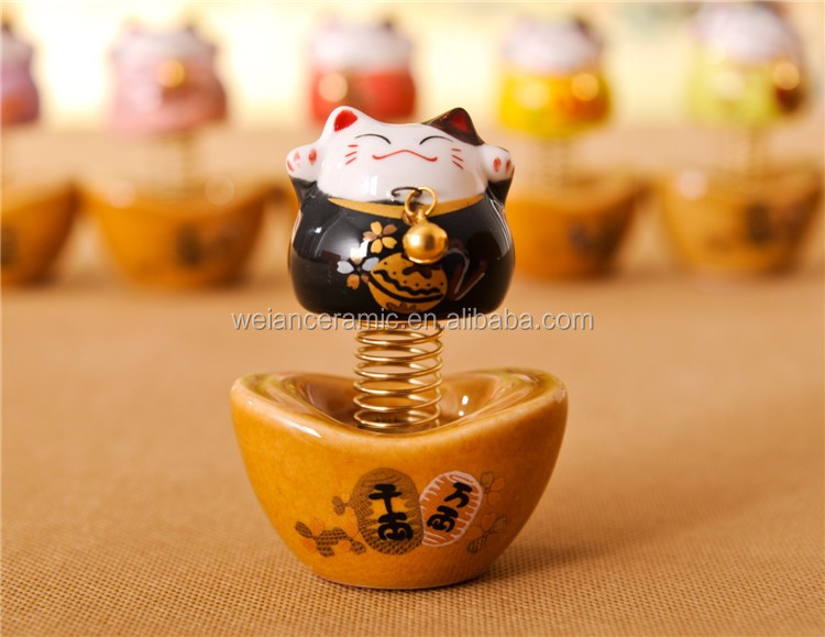 Factory Direct Supply and NatureJapanese lucky cat car decoration