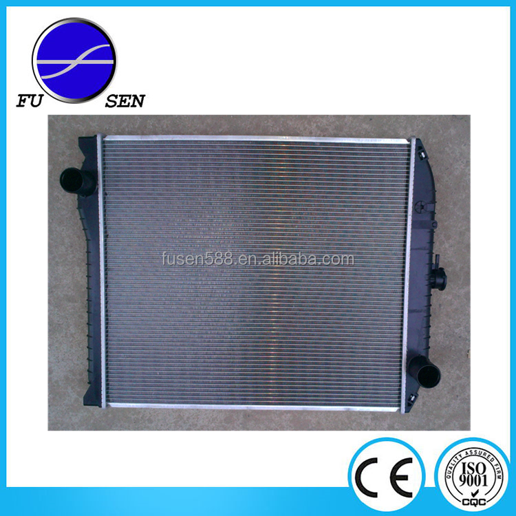 OEM:16090-6790 Heavy Duty Radiator for HINO Cooling System