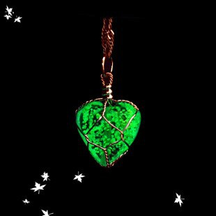 2015 latest heart light stone pendant necklaces NSNK-32231