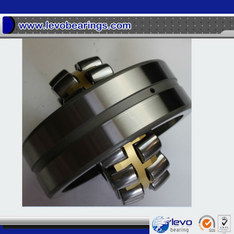 double row spherical roller bearing 22318CAW33 with brass cage