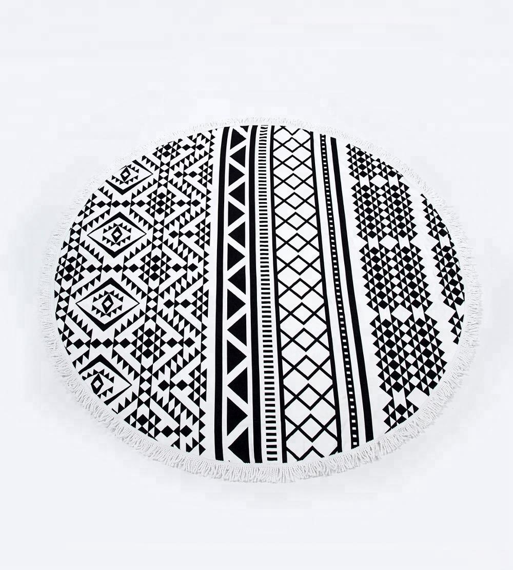 Wholesale 2018 Summer hot selling microfiber round beach <strong>towel</strong> with tassel fringe